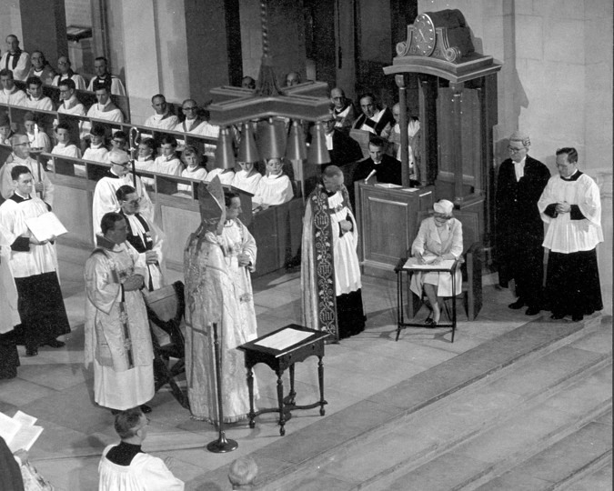 Photograph of the Queen signing the Sentence of Consecration